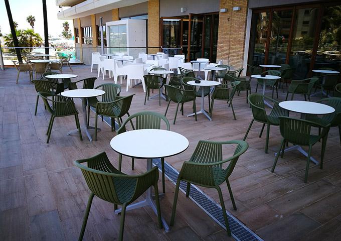 sillas hostelería exterior